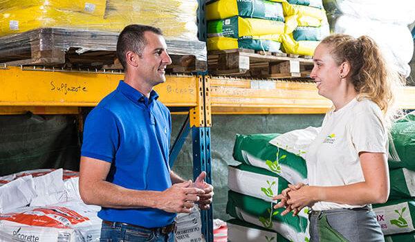 métier libre service agricole en magasin